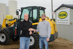 First Gehl 650 Articulated Loader Purchased by Helena Chemical