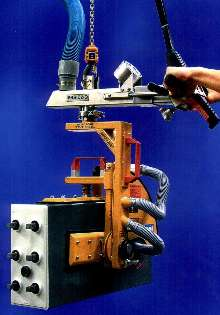 Vacuum Lifter lets users pick up and pivot heavy loads.