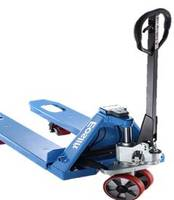 E20V Pallet Truck supports automation robotic welding.