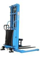 S15J Semi-Electric Straddle Stacker features adjustable base legs.