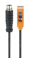 O8 Series Photoelectric Sensor comes with switchpoint adjustment.