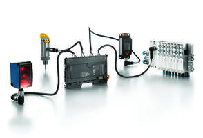 IO-Link Master Modules offer web-based configuration and monitoring.