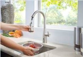 Raya Kitchen Faucet features SmartStop™ auto-shut off option.