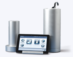 Atomlab 500 Dose Calibrator and Wipe Test Counter comes with silver exterior.