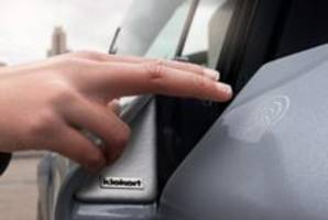 Autonomous Door Module helps to prevent dents and scratches on doors.
