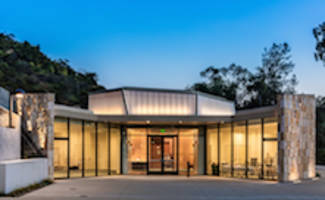 EXTECH's LIGHTWALL 3440 Supports Aesthetic, Performance and Sustainability Goals for Numerous Building Applications including the Leo Baeck Temple in Los Angeles