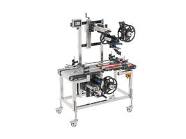 9000 Series Labeling Systems is Designed with Full Belt Infeed and Split Belt Outfeed Conveyor