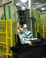 Parcel Unloader Integrates with a Wide Range of Automated Systems