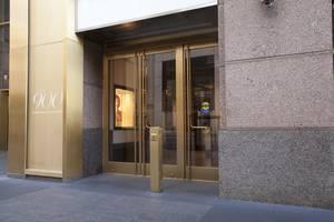 Ellison Custom Balanced Doors Help Revitalize an Iconic Chicago Shopping Complex