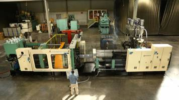 Wilmington Machinery Installs Second Complete Custom Pallet Molding Solution for European Customer
