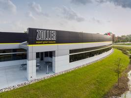 Modern Character of Zoller Headquarters Building Achieved with CENTRIA Formawall®