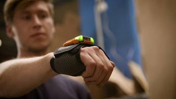 New MARK 2 Smart Wearable Enables User to Scan Up to 5 ft Away from Device