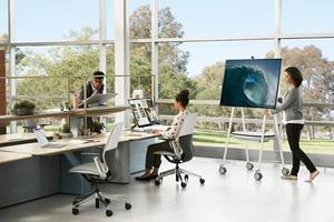 Microsoft Surface Hub 2S and Steelcase® Roam™ Free Teams to Collaborate Anywhere