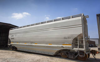 New Covered Hopper Railcar with Capacity of 5,185 Cubic ft.