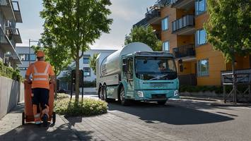 Volvo Trucks Launches Sales of Electric Trucks for Urban Transport