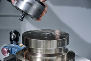 New 5 Axis Workholding Change System is Ideal for Automation and Robotic System