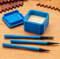 New Silicone Glue Container and Precision Brushes is Ideal for Short-Term Storage