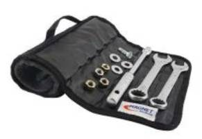 New Magnetic ToolMat Features Reinforced Grommets and Sewn-in Handle