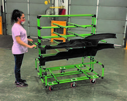 New Cantilevered Peg Carts Built with 28 mm Plastic Joints and Coated Pipe