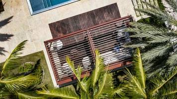 New Louvered Roof Cabana Features Corrosion-resistant Aluminum and Stainless-steel Components