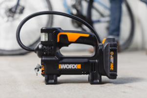 New Portable Inflator Delivers up to 150 psi Air Pressure