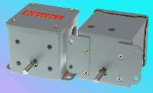 Position Transducer comes in foot- and flange-mount models.