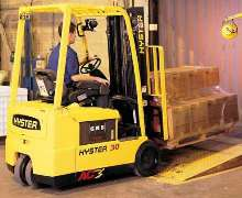 AC-Powered Lift Truck carries loads from 3,000-4,000 lb.
