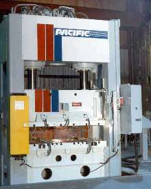 Hydraulic Straightside Presses are suited for metalworking.