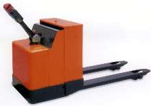 Powered Pallet Truck has 4,400 lb capacity.