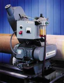 Belt Head Attachment turns lathe into large roll grinder.
