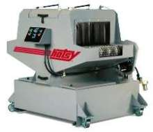 Aqueous Parts Washer provides continuous cleaning.