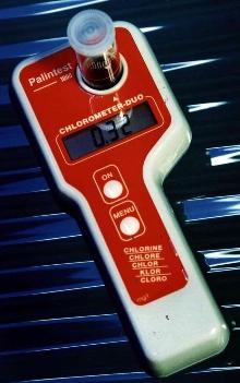 Handheld Meter measures chlorine over 0-200 mg/L range.