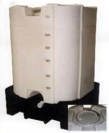 Plastic Bulk Container features oversized lid.