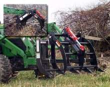 Grapple fits tractors up to 40 hp.