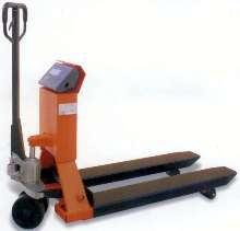 Pallet Truck has integral scale.