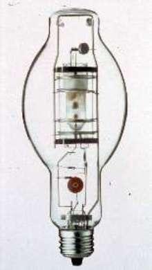 Metal Halide Lamps provide Pulse Start performance.