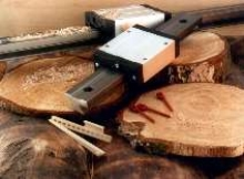 Linear Guide System is impervious to woodchips and sawdust.