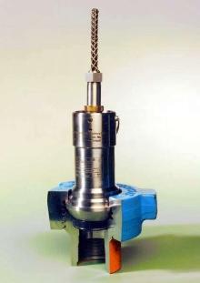 Pressure Transmitter provides shock and vibration immunity.