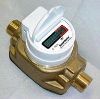 Fluidic Oscillation Water Meter offers 2 battery options.