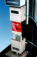 Pneumatic Tensile Grip provides up to 100 lb of force.