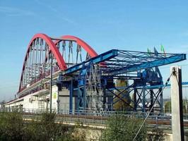 Digital Hydraulics Helps to Position Railway Bridge