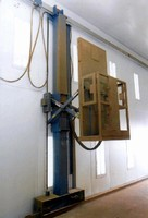 Pneumatic Lift suits harsh duty environments.