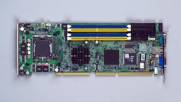 SBC features dual PCIe Gigabit Ethernet.