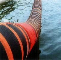 Marine Hose features dual-tube lining.