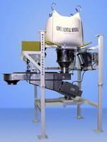Bulk Bag Discharger has pivoting vibratory feeder.