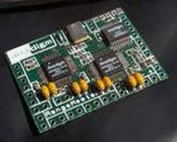 RFID Reader Chipset combines HF and UHF capabilities.