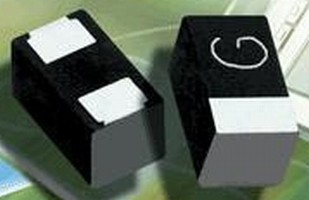 Capacitors feature leadframeless, face-down termination.