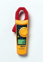 Clamp Meter is CAT III 600 V rated.