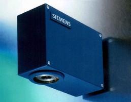 Confocal Displacement Sensor provides distance measurement.