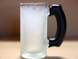 UFP Technologies Provides Beerhugs with Insulated Grip to Keep Hands Warm Even with the Coldest Beverages
